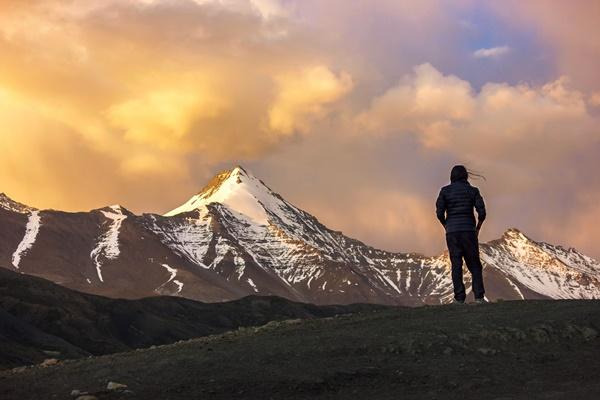 精神的に強い人の4つの特徴-効果的なメンタルの鍛え方
