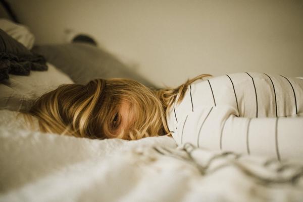 明日から仕事…行きたくない辛い気持ちを癒す心の処方箋