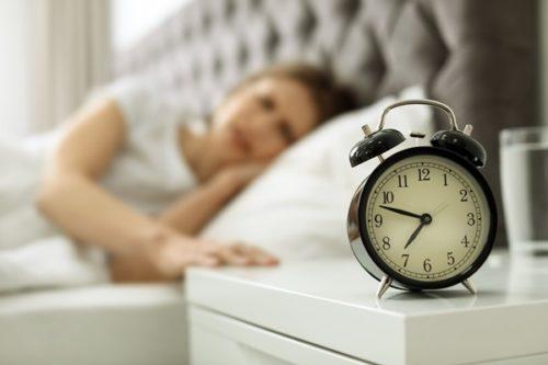 朝になると仕事に行けない…それでも頑張って働くべき?