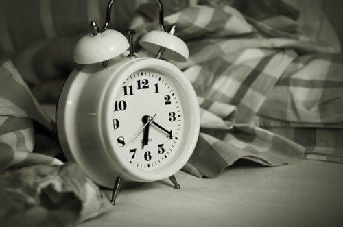 月曜日の朝がだるくてたまらないのに働き続けるべき?